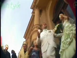 Смотреть порно видео с молодоженами в чулках - невеста отдалась